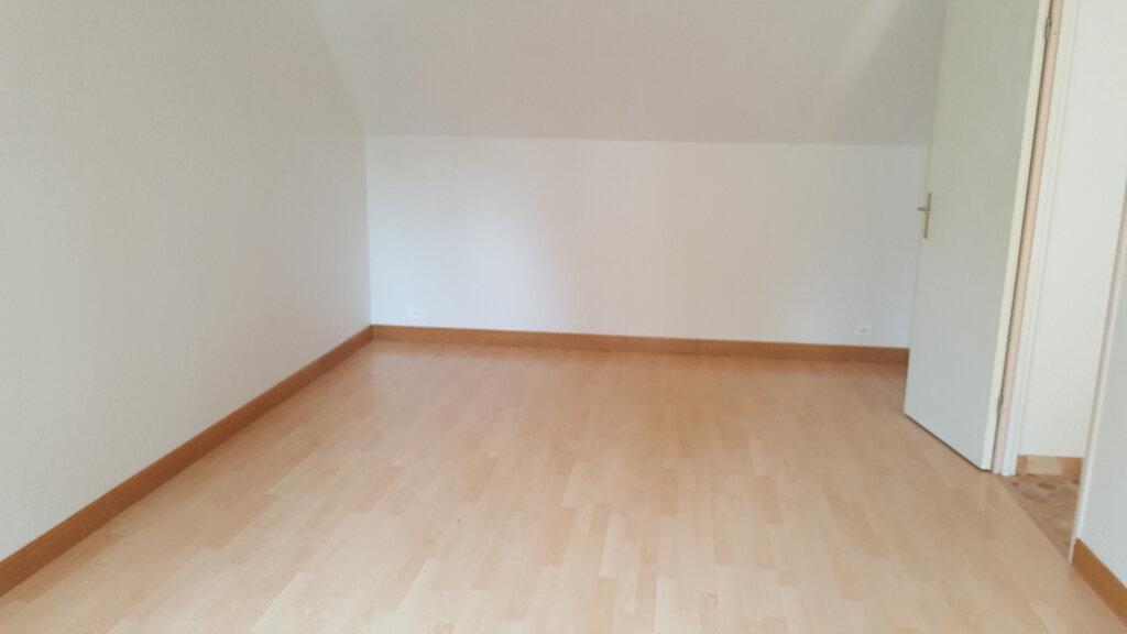 Maison à louer 5 94.82m2 à Allonne vignette-2