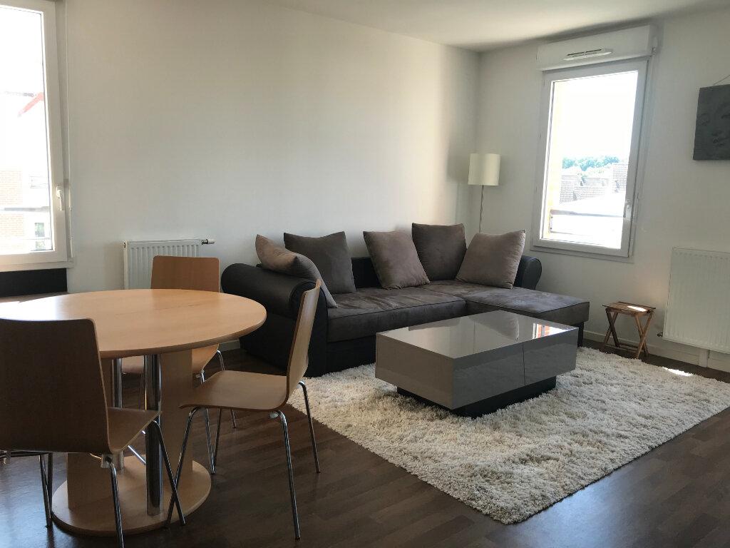 Appartement à vendre 3 57.3m2 à Beauvais vignette-2