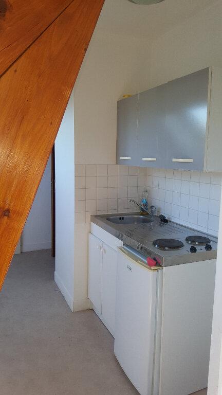 Appartement à louer 2 28m2 à Beauvais vignette-6