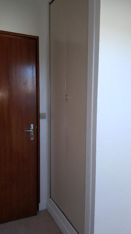 Appartement à louer 2 28m2 à Beauvais vignette-7