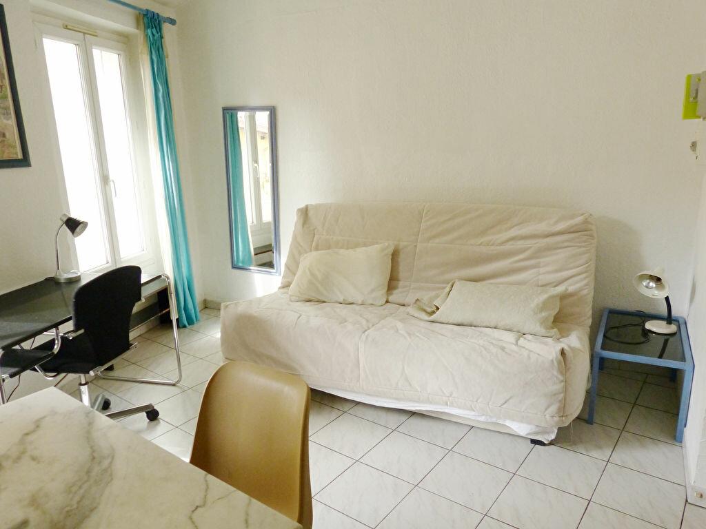 Appartement à louer 1 18.75m2 à Nice vignette-2