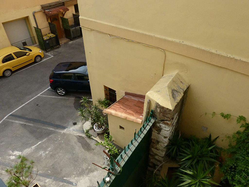 Appartement à louer 1 18.75m2 à Nice vignette-5