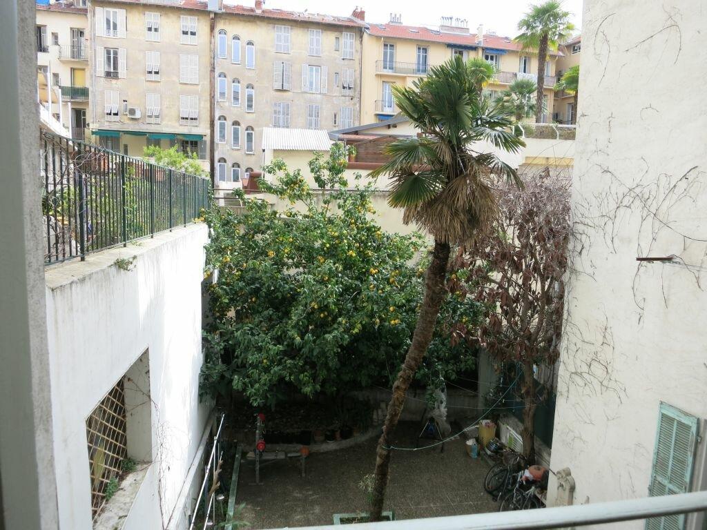 Appartement à louer 1 28.25m2 à Nice vignette-5