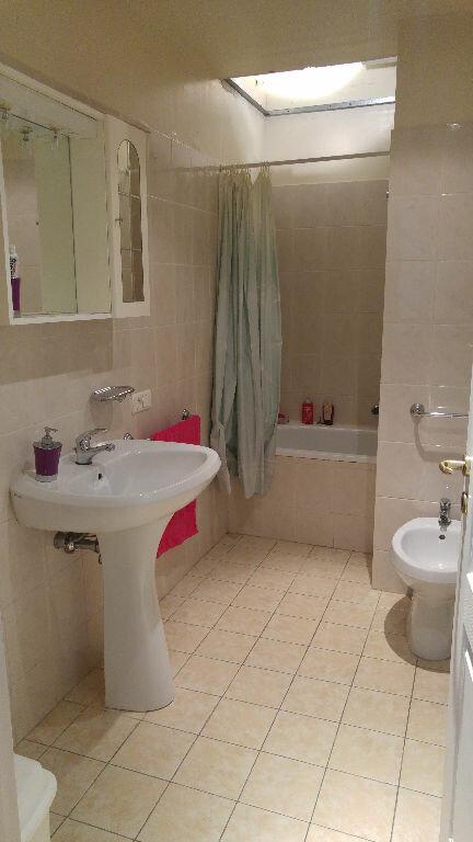 Appartement à louer 3 82.68m2 à Nice vignette-8