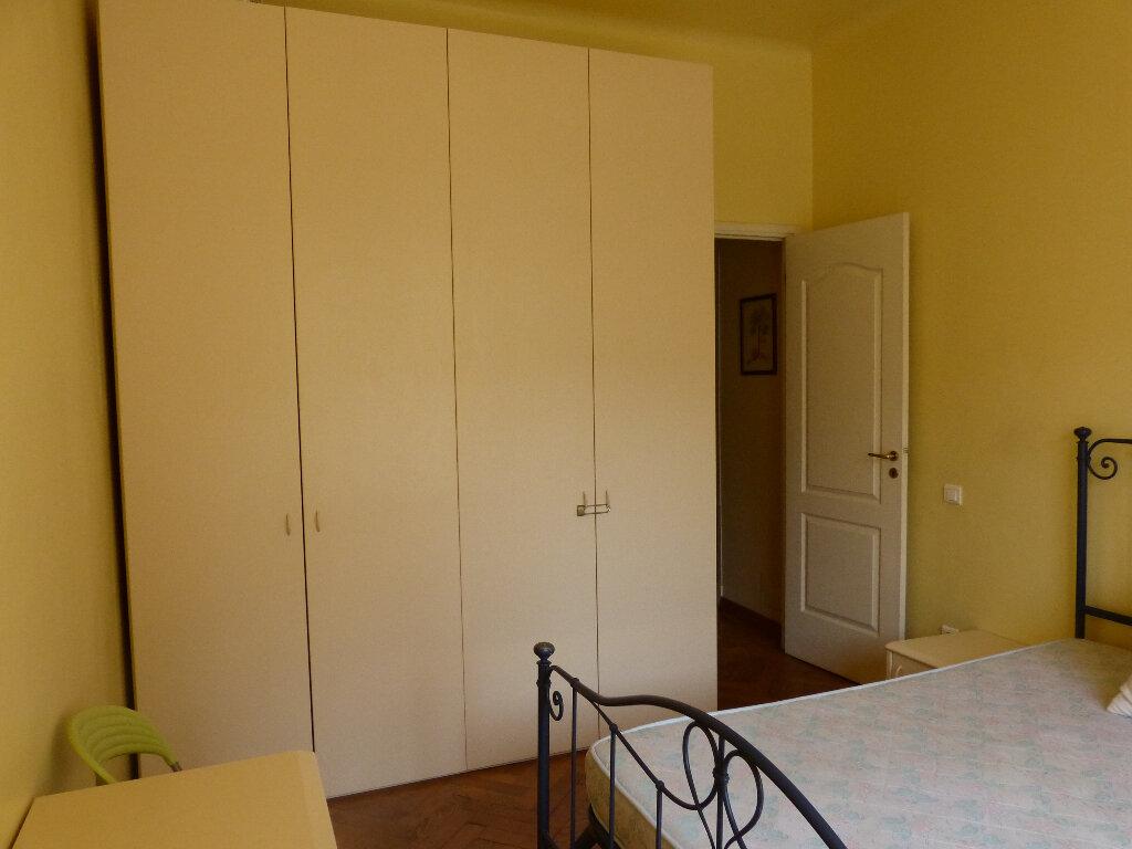 Appartement à louer 3 82.68m2 à Nice vignette-13