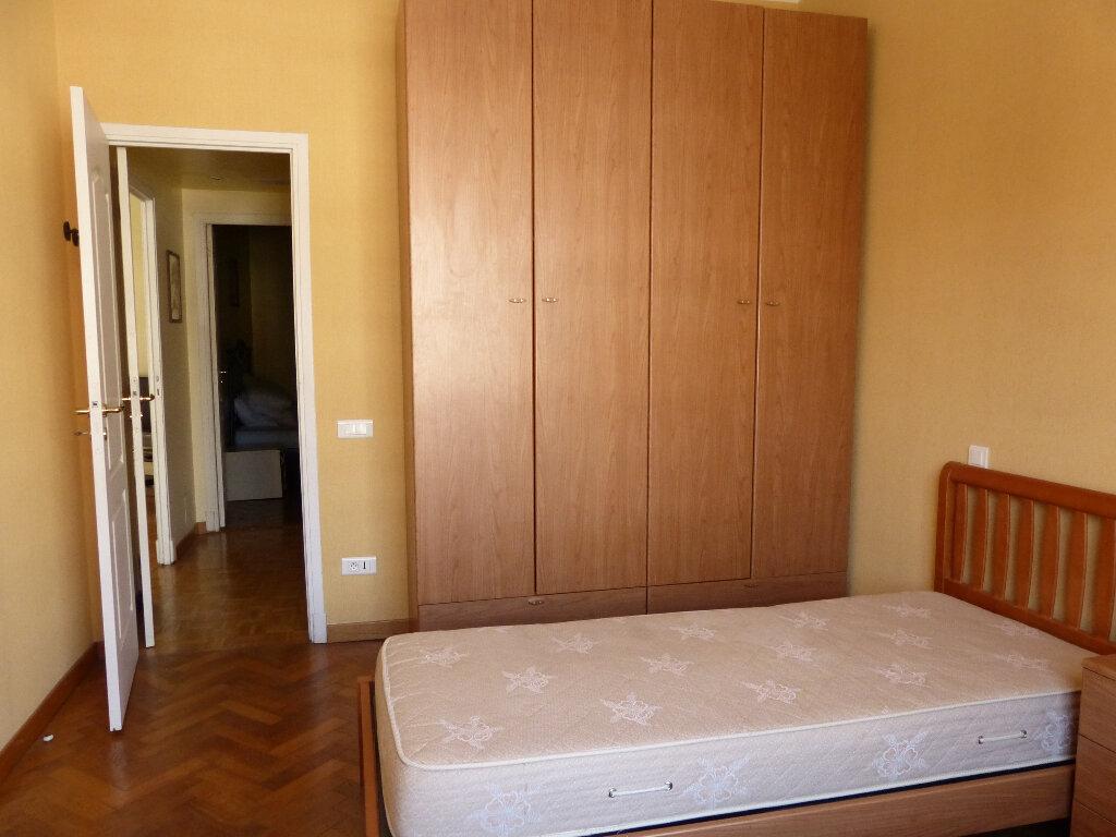 Appartement à louer 3 82.68m2 à Nice vignette-14