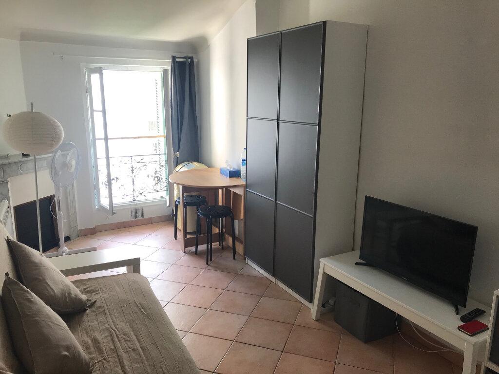 Appartement à louer 2 28.57m2 à Nice vignette-1