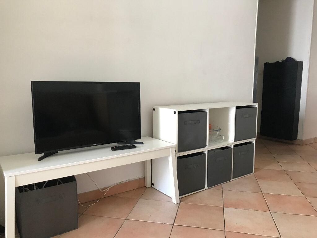 Appartement à louer 2 28.57m2 à Nice vignette-5