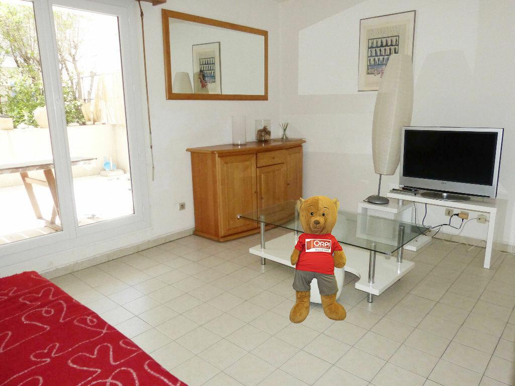 Appartement à louer 2 35.98m2 à Nice vignette-1