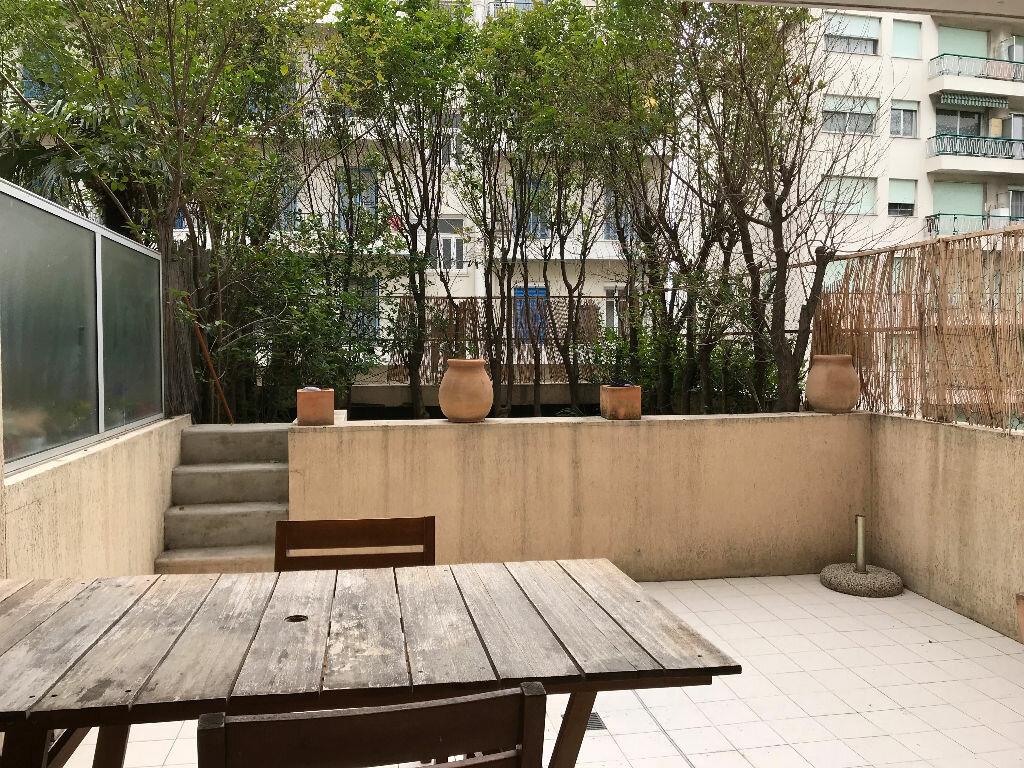 Appartement à louer 2 35.98m2 à Nice vignette-2
