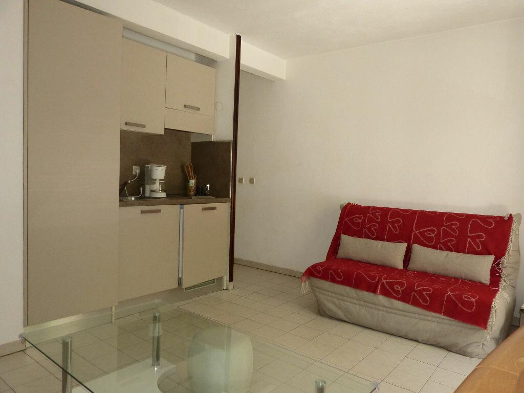 Appartement à louer 2 35.98m2 à Nice vignette-5