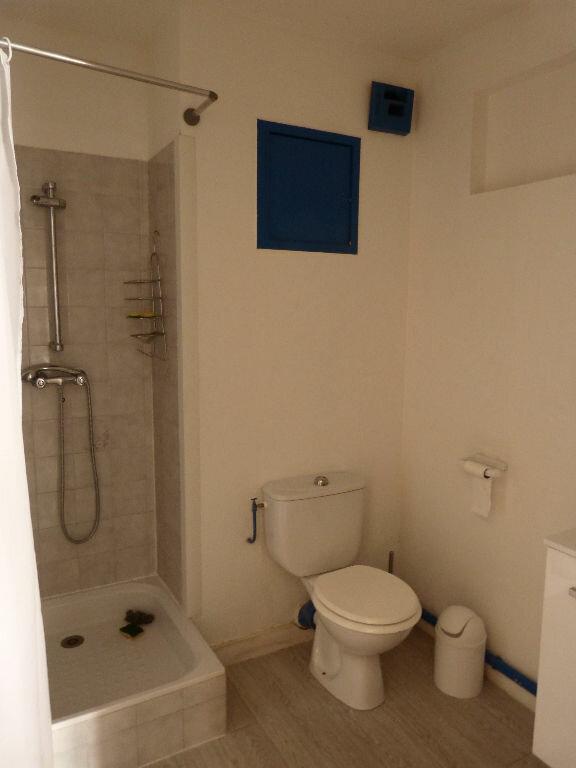 Appartement à louer 2 35.98m2 à Nice vignette-6
