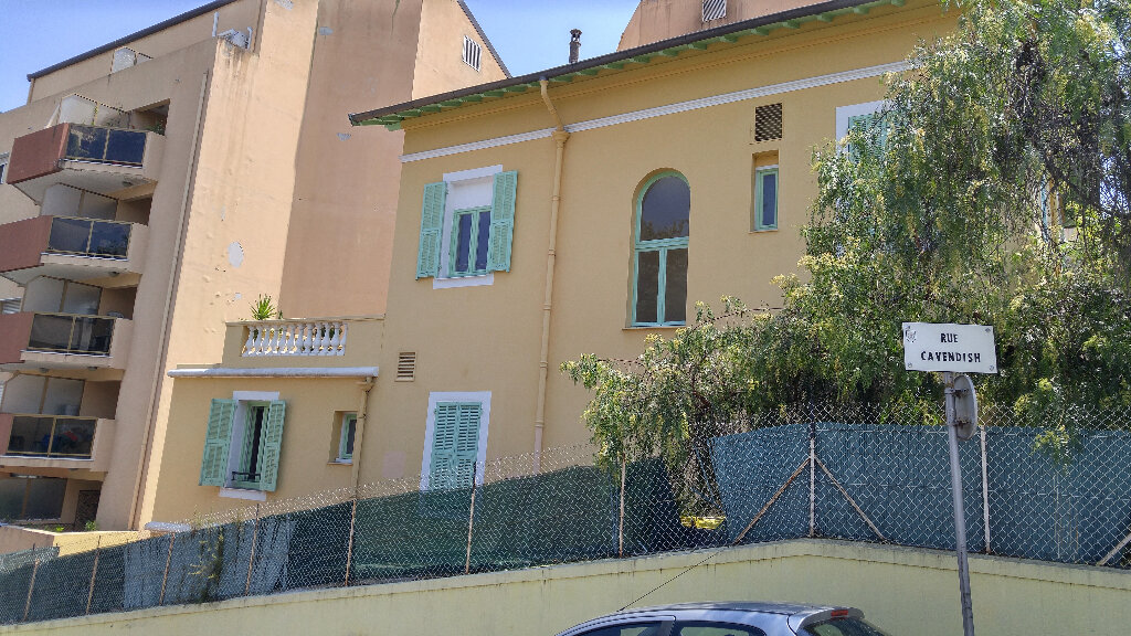 Appartement à louer 2 25.41m2 à Nice vignette-6