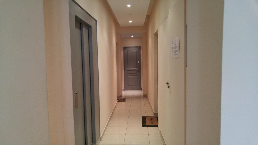 Appartement à louer 2 25.41m2 à Nice vignette-9