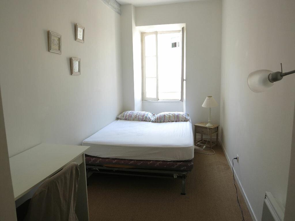 Appartement à louer 3 53.5m2 à Nice vignette-6