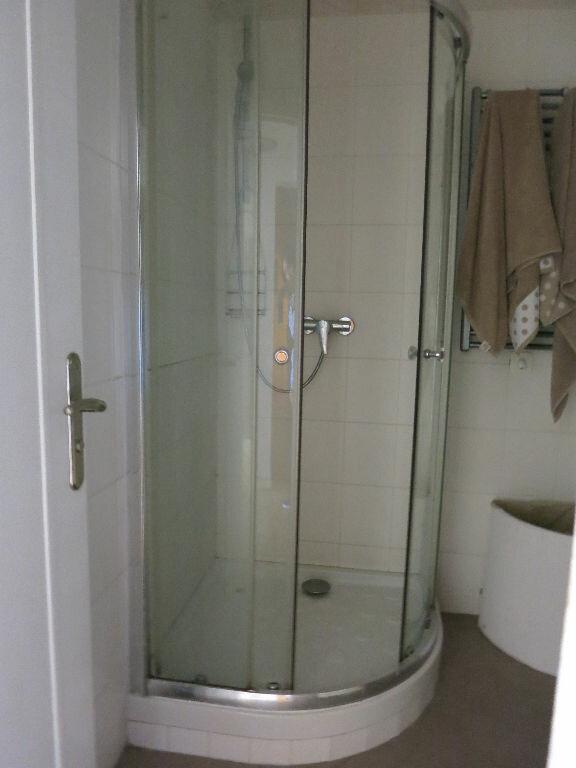 Appartement à louer 3 53.5m2 à Nice vignette-9