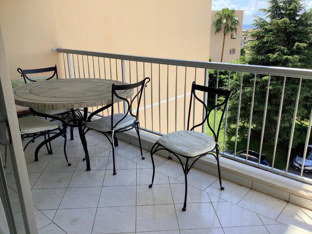 Appartement à louer 2 46.88m2 à Nice vignette-8