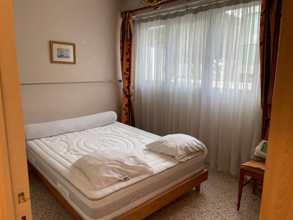 Appartement à louer 2 38.39m2 à Nice vignette-4