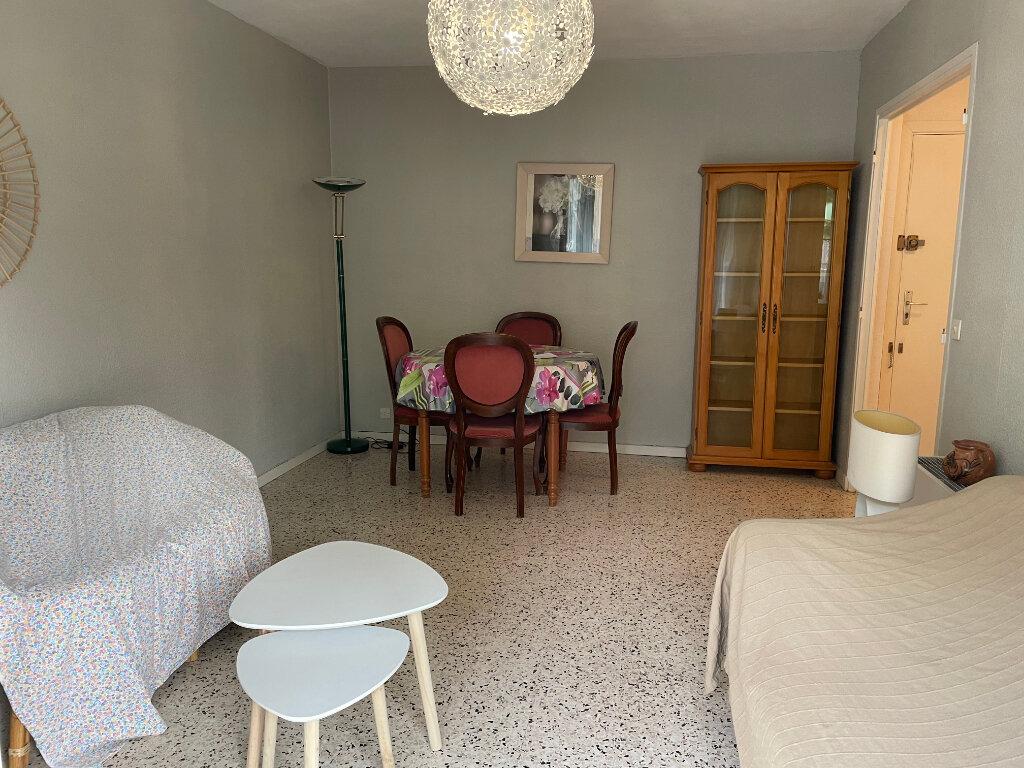 Appartement à louer 2 38.39m2 à Nice vignette-5