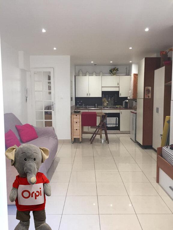 Appartement à louer 1 24.04m2 à Nice vignette-1