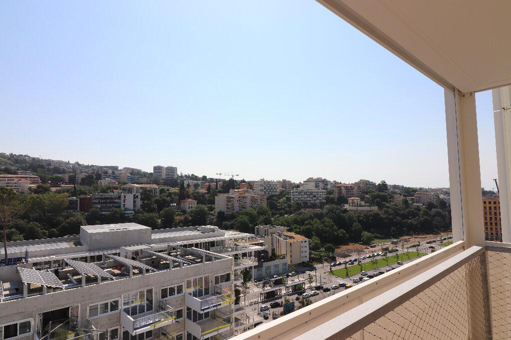 Appartement à louer 3 65.2m2 à Nice vignette-10