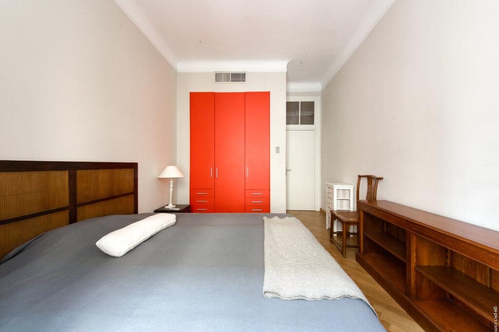 Appartement à louer 4 131.4m2 à Nice vignette-4