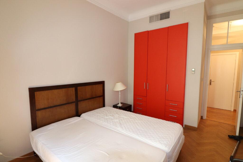 Appartement à louer 4 131.4m2 à Nice vignette-11