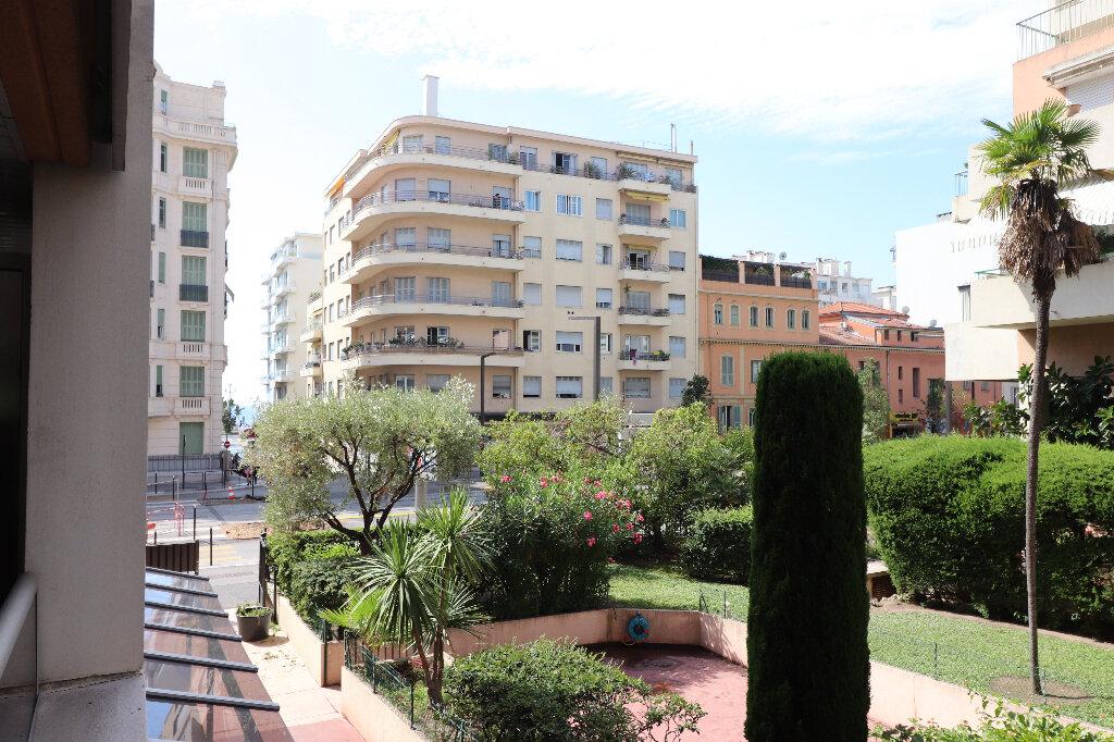 Appartement à vendre 3 55.18m2 à Nice vignette-1