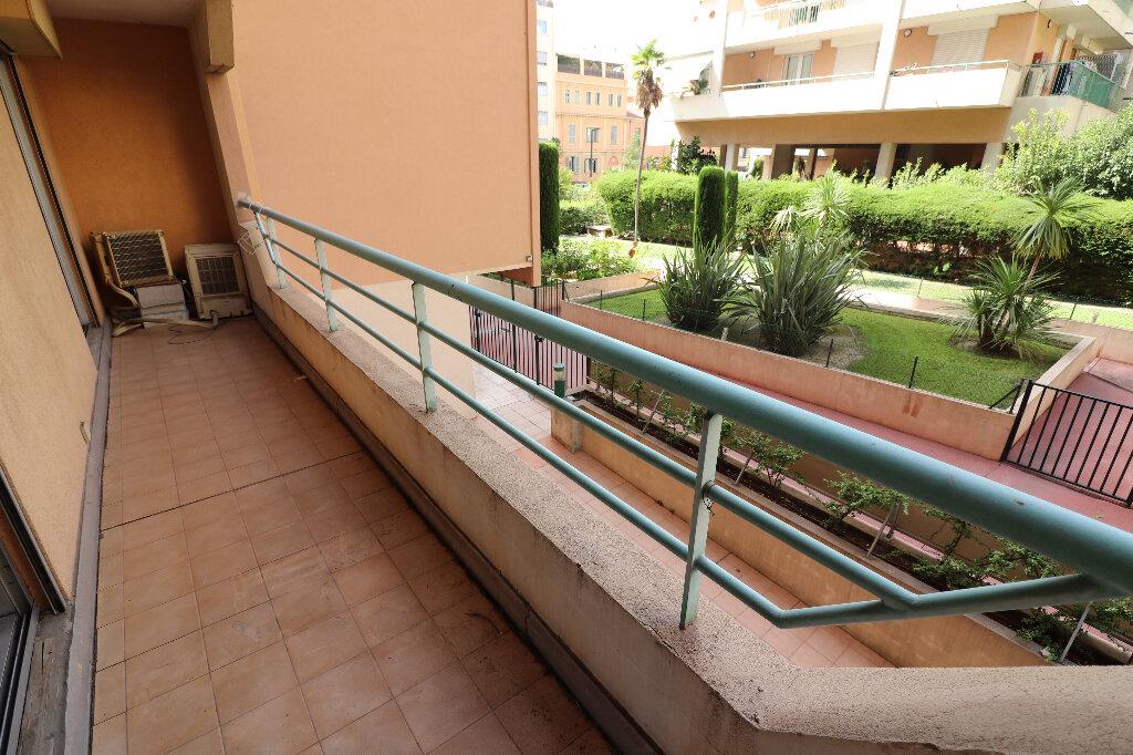 Appartement à vendre 3 55.18m2 à Nice vignette-11