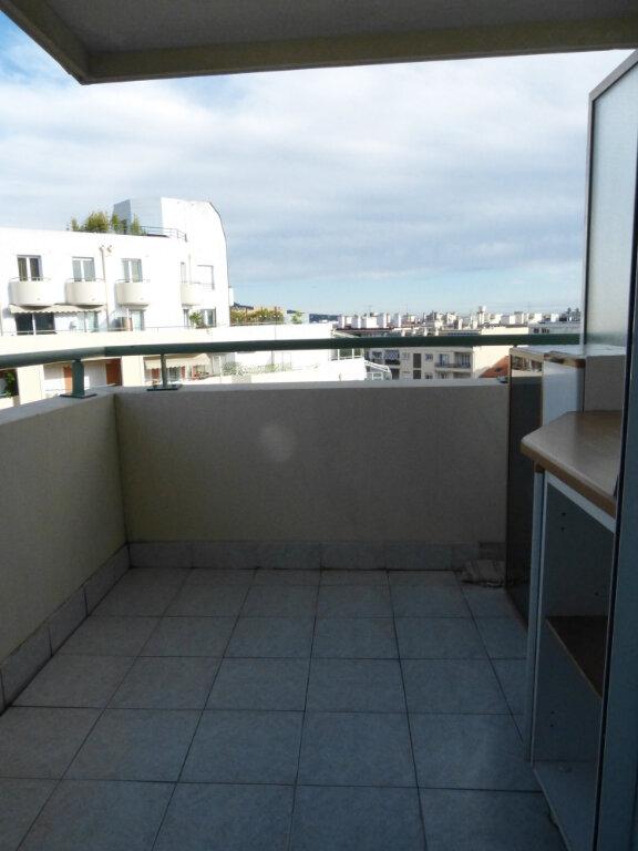 Appartement à louer 2 26.41m2 à Nice vignette-6