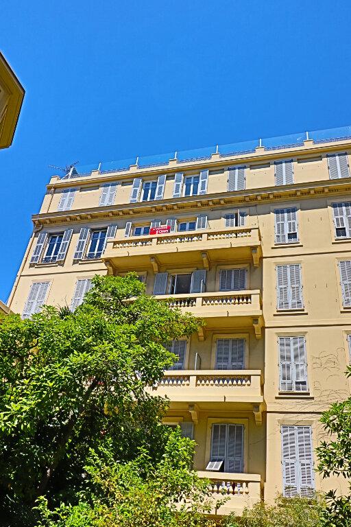 Appartement à vendre 3 92m2 à Nice vignette-3
