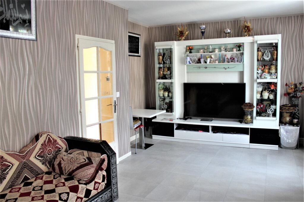 Maison à vendre 4 80m2 à Sevran vignette-3