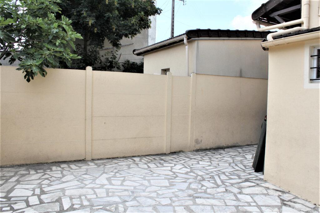 Maison à vendre 4 80m2 à Sevran vignette-10