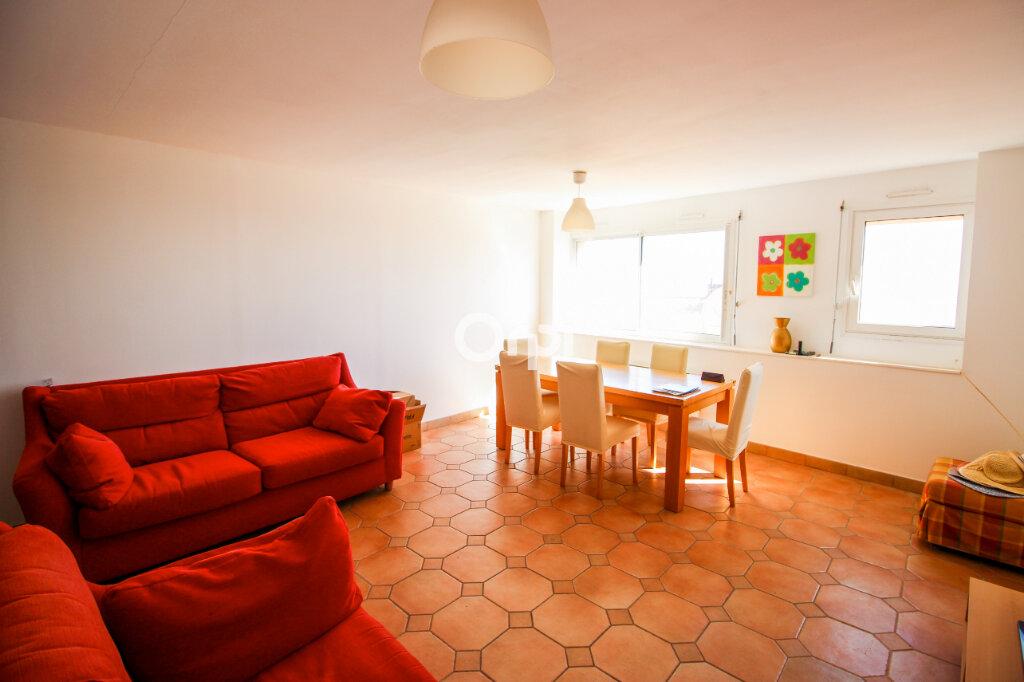 Appartement à vendre 3 85m2 à Sète vignette-2