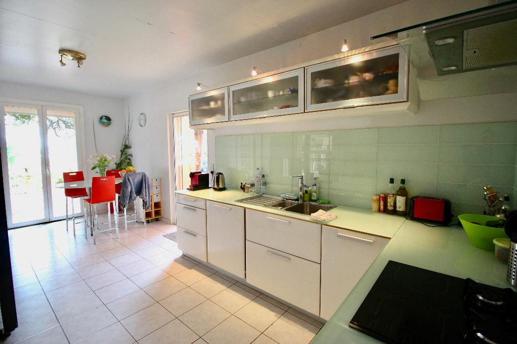 Maison à vendre 8 260m2 à Poussan vignette-5