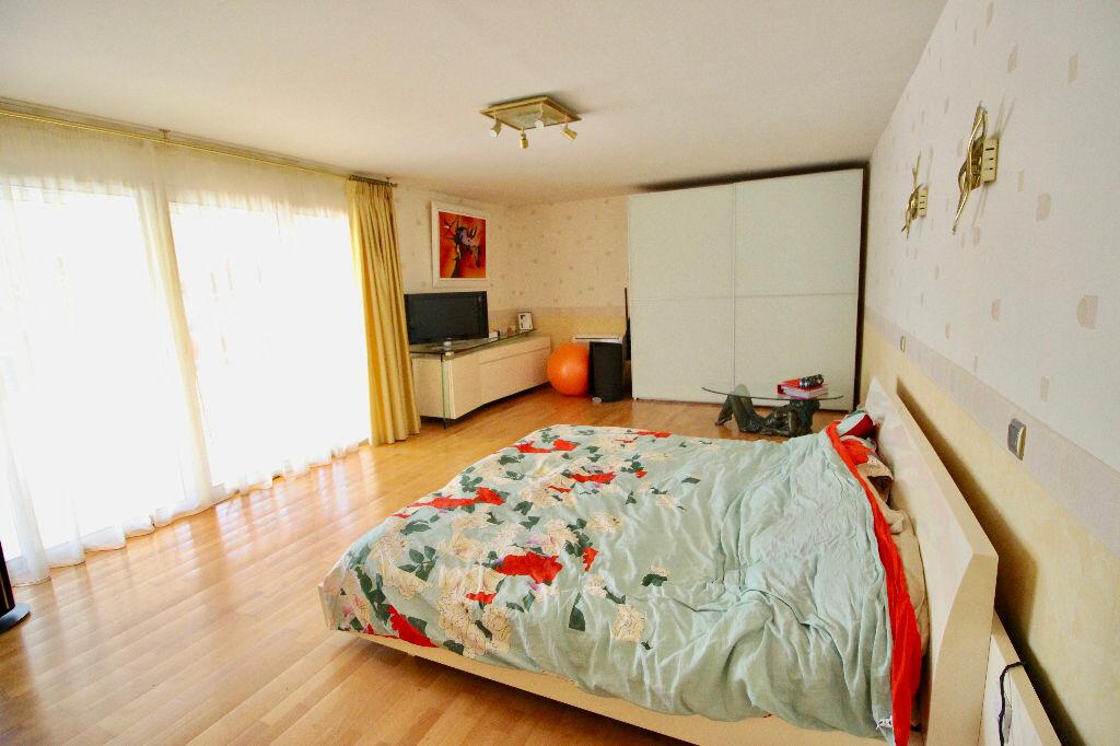 Maison à vendre 8 260m2 à Poussan vignette-9