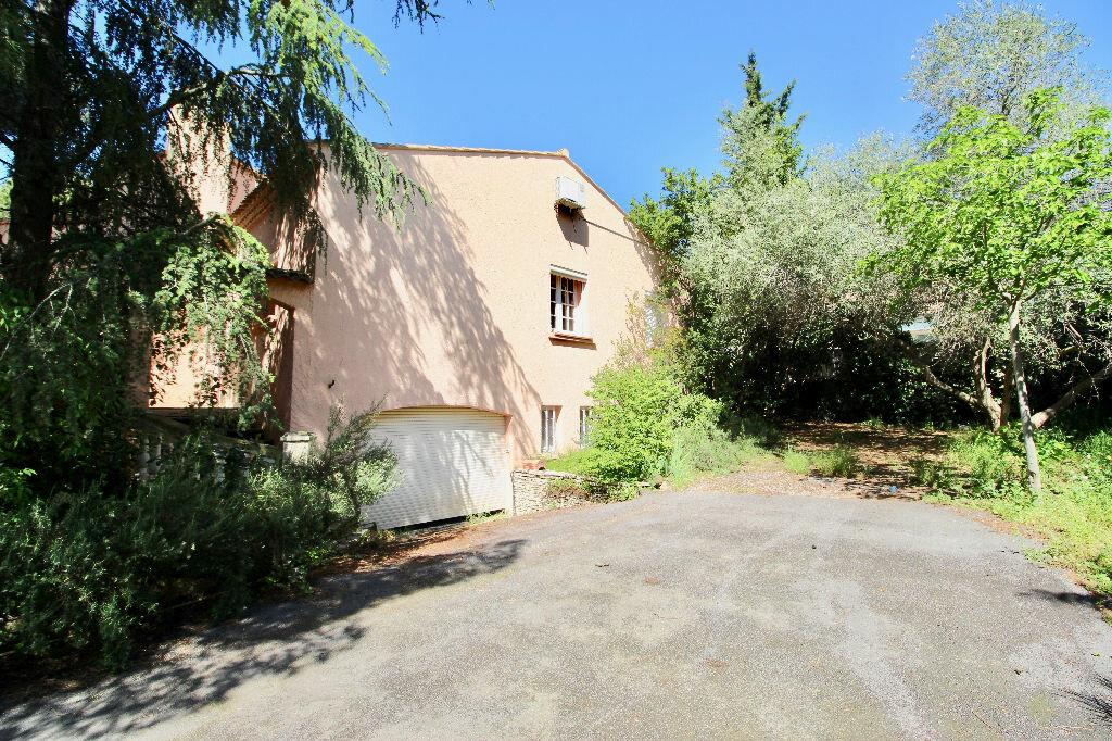 Maison à vendre 8 260m2 à Poussan vignette-16