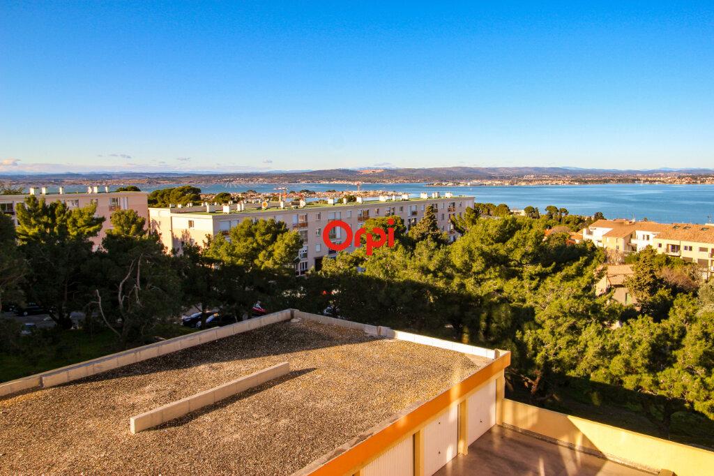 Appartement à vendre 3 72m2 à Sète vignette-1