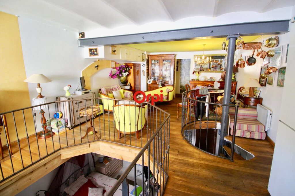Appartement à vendre 3 80m2 à Sète vignette-1