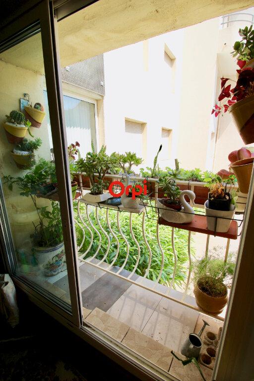 Appartement à vendre 3 80m2 à Sète vignette-2
