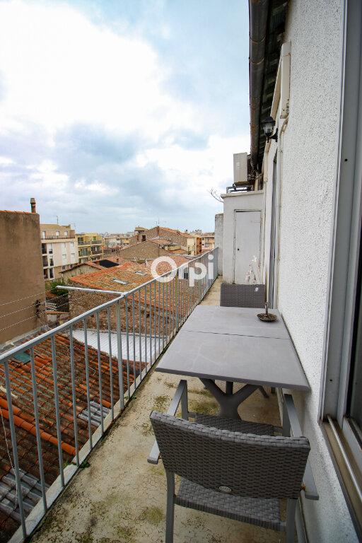 Appartement à vendre 3 73m2 à Sète vignette-1