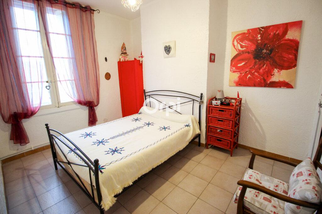 Appartement à vendre 3 73m2 à Sète vignette-3