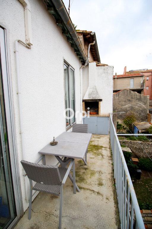 Appartement à vendre 3 73m2 à Sète vignette-8