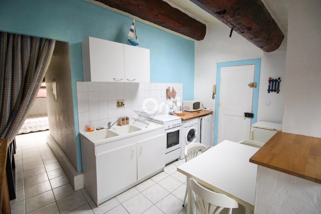 Appartement à vendre 3 73m2 à Sète vignette-9