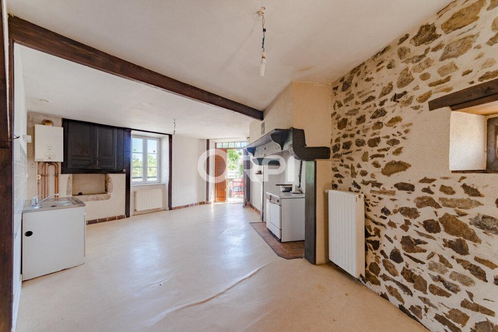 Maison à vendre 9 226m2 à Saint-Germain-les-Belles vignette-2