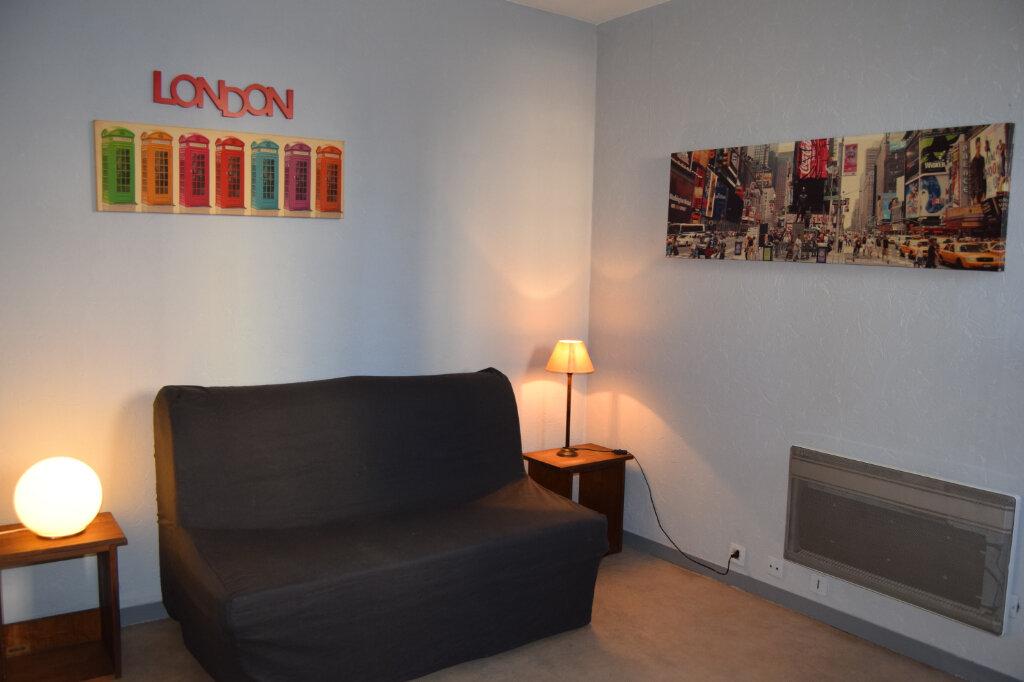 Appartement à louer 1 19m2 à Limoges vignette-1