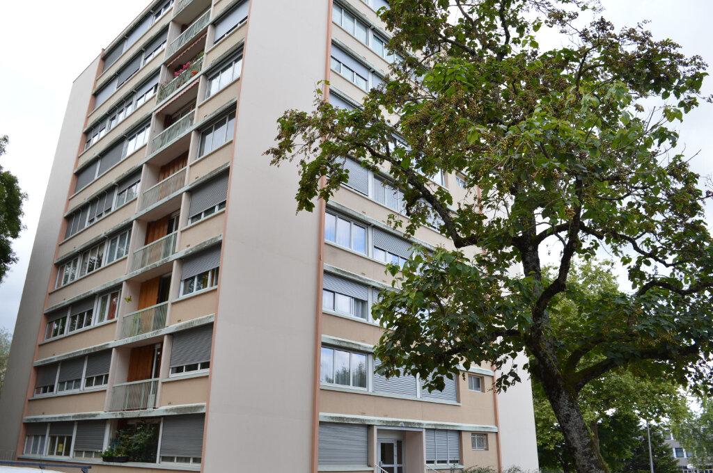 Appartement à vendre 3 67.77m2 à Limoges vignette-1