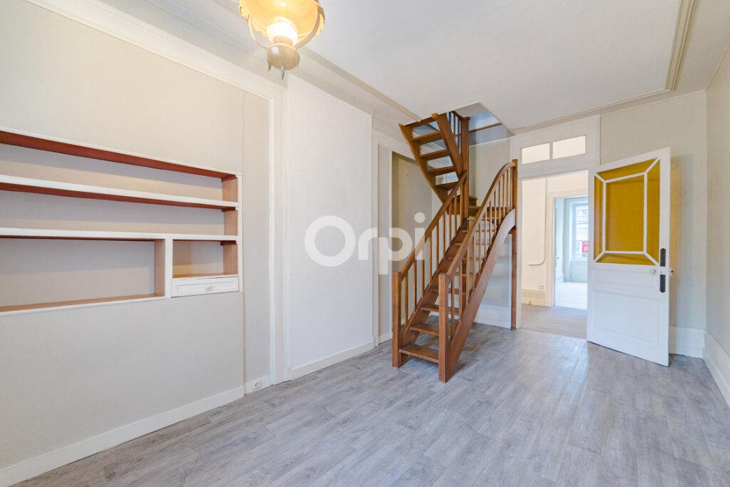 Appartement à vendre 5 120.74m2 à Limoges vignette-1