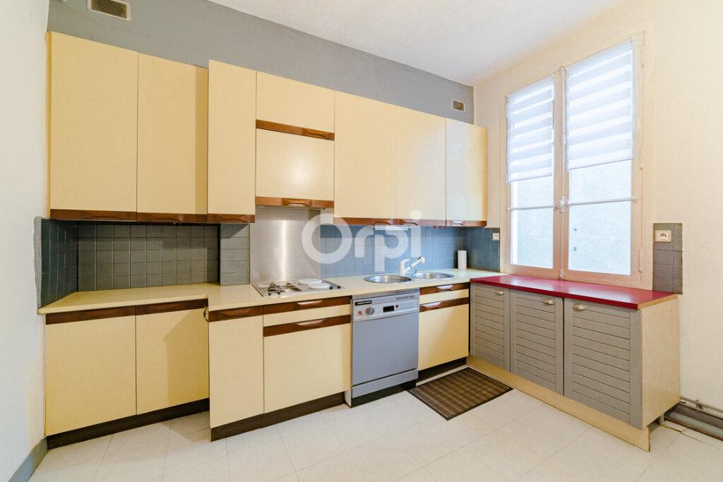 Appartement à vendre 5 120.74m2 à Limoges vignette-10