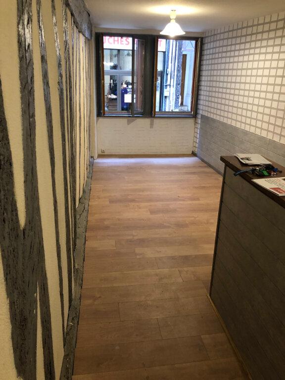 Appartement à louer 1 30.79m2 à Limoges vignette-1